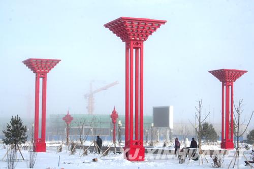 """> 新疆 > 新疆新闻  据了解,世博""""中国馆""""造型灯位于新疆塔城地区托里"""