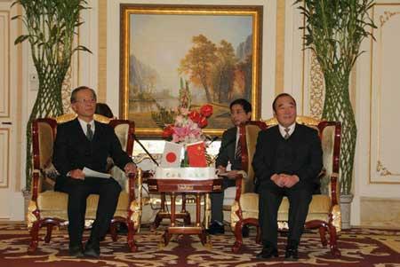 日本丰桥代表团访问南通