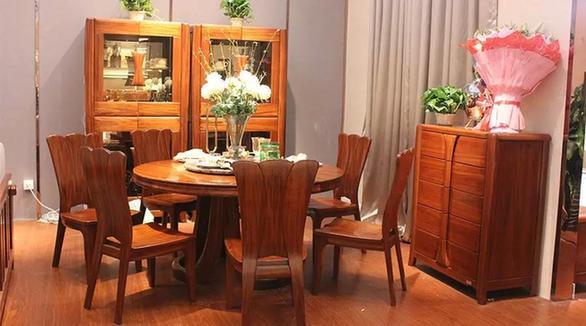 5.28天津家具国际展盛大开幕依丽兰实木家具胶家具痕图片