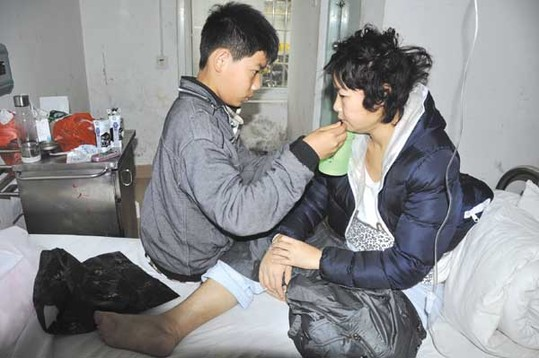 母亲不幸患上尿毒症 仙游14岁少年欲辍学救母