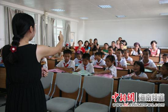中国聋哑和日本_本网联合爱心企业 携手网友关爱聋哑儿童 - 中国在线