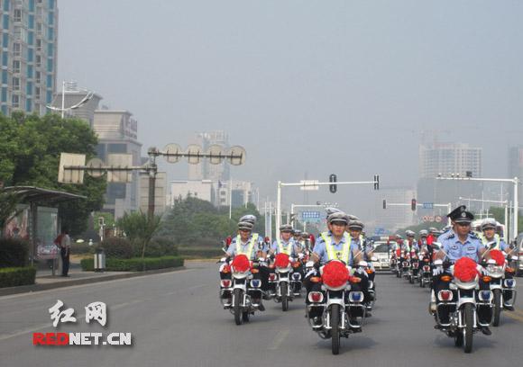 精锐之师如虎添翼!100辆豪爵警用摩托捐赠湘潭