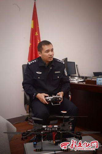 吉林警察设计的警用无人机在埃博拉疫区工作