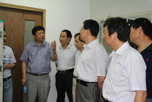 南通市人大常委会视察侨港资企业发展情况