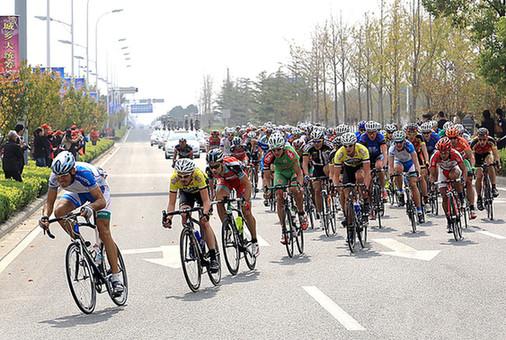 环太湖公路自行车赛今日在南通举行