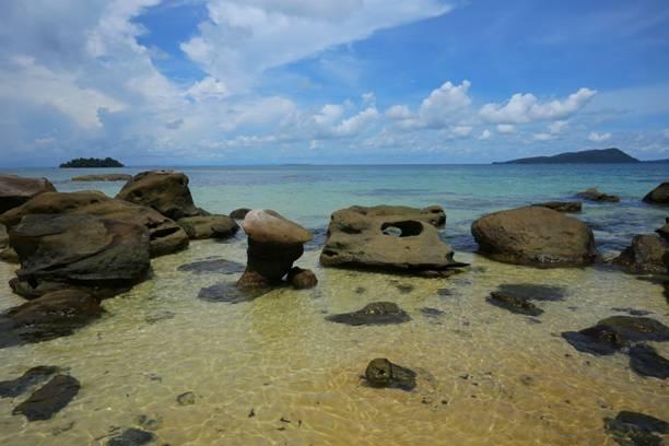 但西港的风光,沙滩并不亚于马尔代夫,帕劳,是目前东南亚海岛游不可多