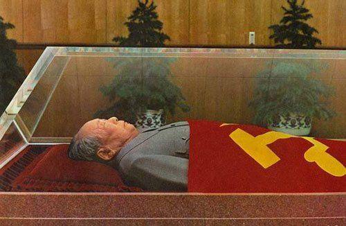 毛泽东水晶棺可抗8级地震 至今无人能再做