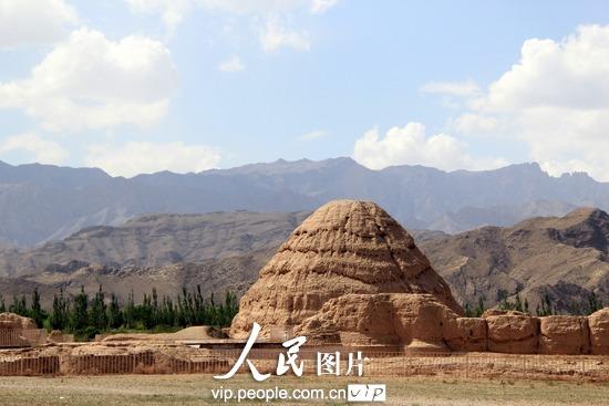 探访神秘的东方金字塔——西夏王陵(高清组图)