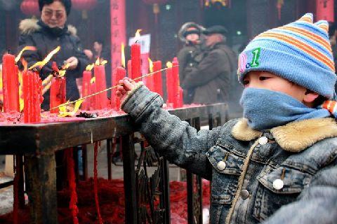 新疆乌鲁木齐市文庙第六届文化庙会闭幕(图)