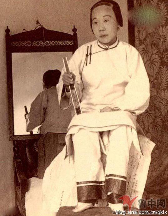 古代女人裹脚图片