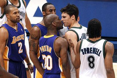 a9664db1c Los Angeles Lakers  Gary Payton (20) gets in the face of Minnesota  Timberwolves  Wally Szczerbiak in the fourth quarter of game two of the NBA  Western ...