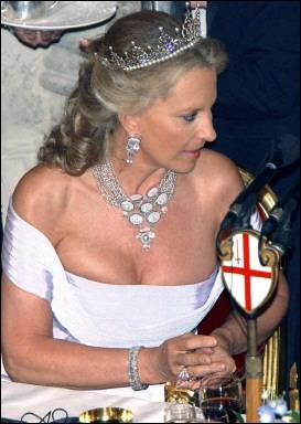 Casa Real de Inglaterra by Macebria - Página 3 Xin_0505012717241613159518