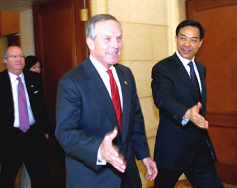 chinese commerce minister bo xilai (right) and his us