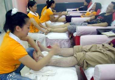 business happy feet foot massage
