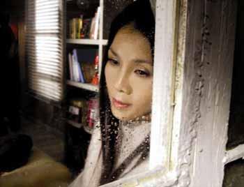 Miss Universe beauties spurs Thai tsunami recovery