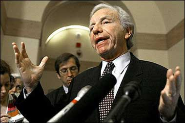 US Senator Joe Lieberman (D-CT) is seen here in 2004. A pair of prominent US senators proposed legislation that would encourage Chinese and American citizens to learn each others' languages, in an effort to improve bilateral cultural and business ties(AFP