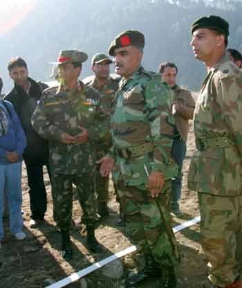 Pakistan, India open checkpoint of Line of Control