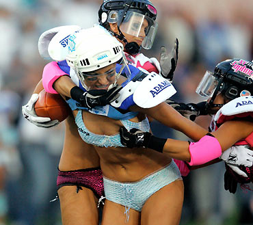 Third annual Lingerie Bowl football game. Updated: 2006-02-08 11:12