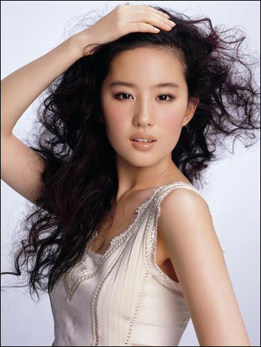 Liu Yifei Top Japanese Television Actress
