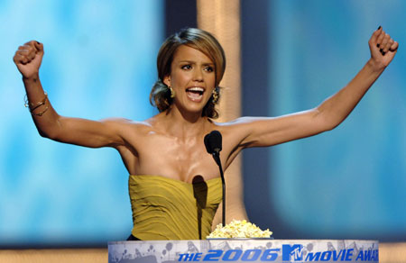 Actress Jessica Alba hosts the 2006 MTV Movie Awards taped at Sony Pictures