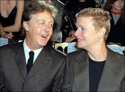 Paul McCartney To Exhibit Wife Lindas Photographs