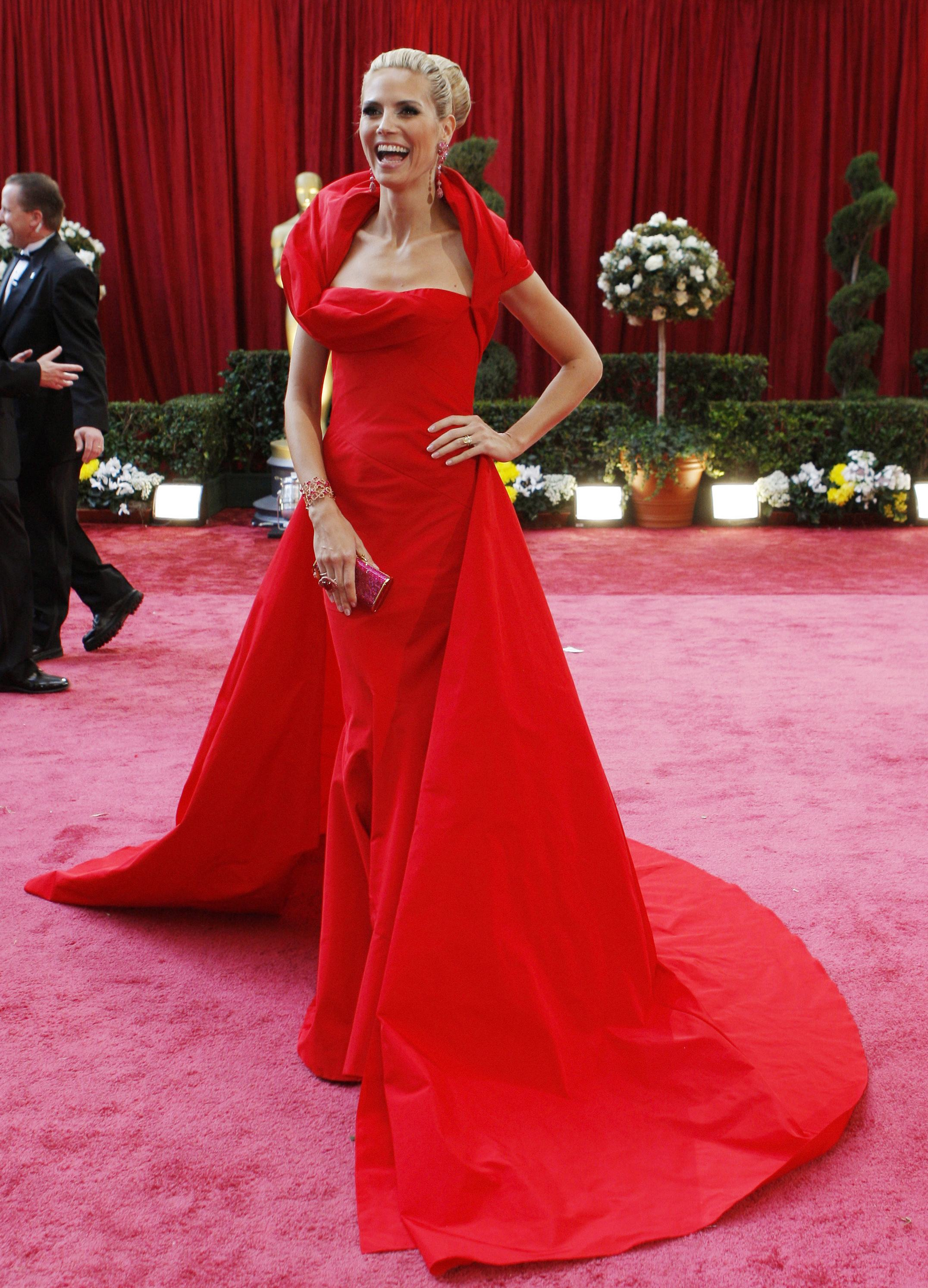 Red dresses prevail on oscar red carpet - Red carpet oscar dresses ...