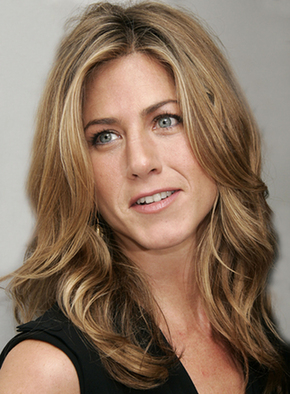 Jennifer Aniston allegedly threatened to pull out of a magazine photo shoot ...