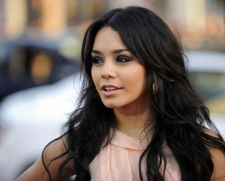 "Vanessa Hudgens attends the premiere of the film ""17 Again"" in Los Angeles"