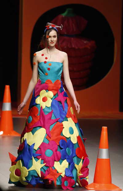 Agatha Ruiz de la Prada:Cibeles Madrid Fashion Week Fall ...