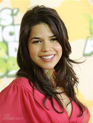 Who plays betty in ugly betty