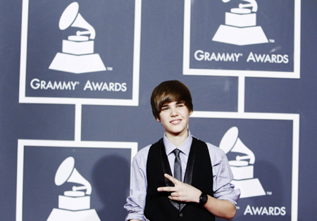 Teen sensation Bieber gears up for busy year
