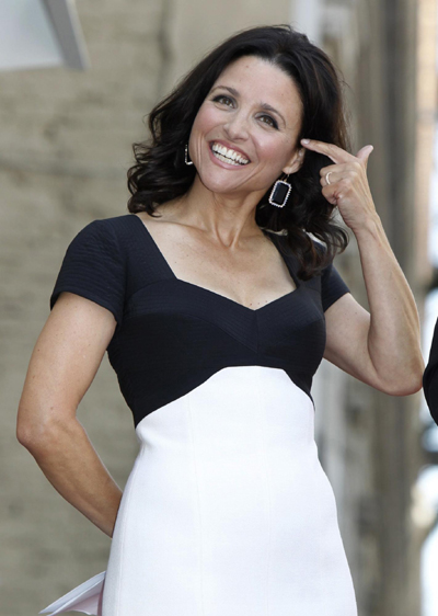julia louis-dreyfus unveil her star on the hollywood walk of