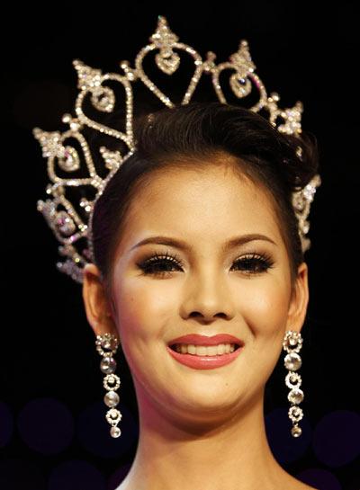 Nalada Thamthanakom of Thailand wins the annual Miss ...