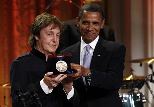 President Obama Honors Paul Mccartney >> U.S. President Barack Obama honors Paul McCartney at White House