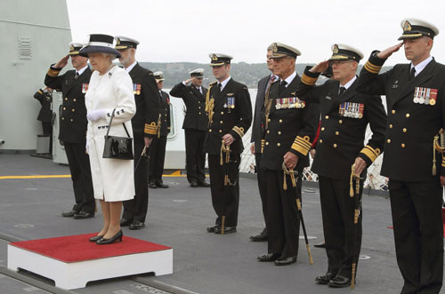 Canada Navy Uniform http://www.chinadaily.com.cn/entertainment/2010-06 ...