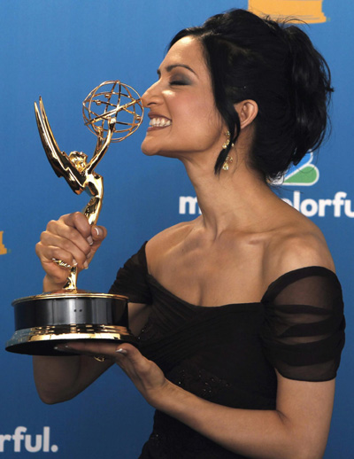 Archie Panjabi accepts the award for Outstanding Supporting Actress in