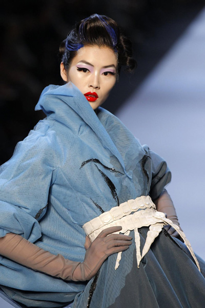 French Fashion Designers Haute Couture on Haute Couture Spring Summer 2011 Fashion Show For French Fashion House