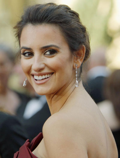 penelope cruz january 2011. Penelope Cruz has son with