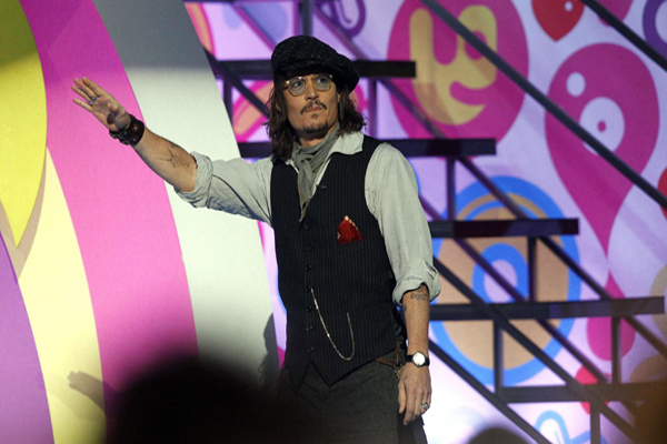johnny depp kids choice 2011. 2011 Nickelodeon Kids Choice