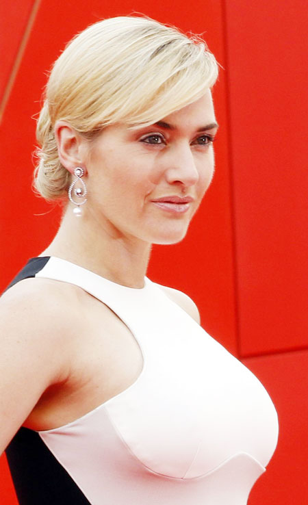 Actress Kate Winslet poses during a red carpet of TV miniseries ...