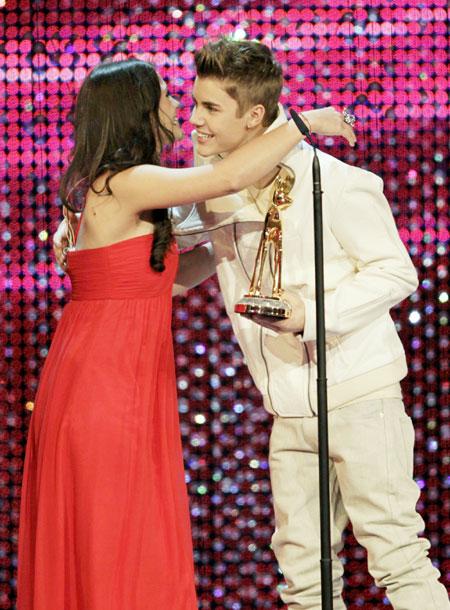 Justin Bieber, Lady Gaga get Bambi media awards ...