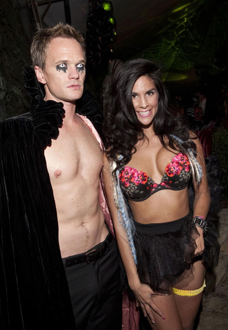 celebrities at playboy mansion nudity
