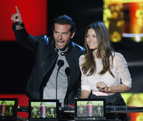 Actors Bradley Cooper (L) and Jessica Biel present the Best Kiss award ... Jessica Biel
