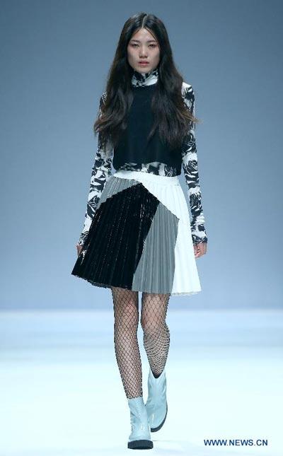 Models Present Creations By Italian Designer At China Fashion Week 1
