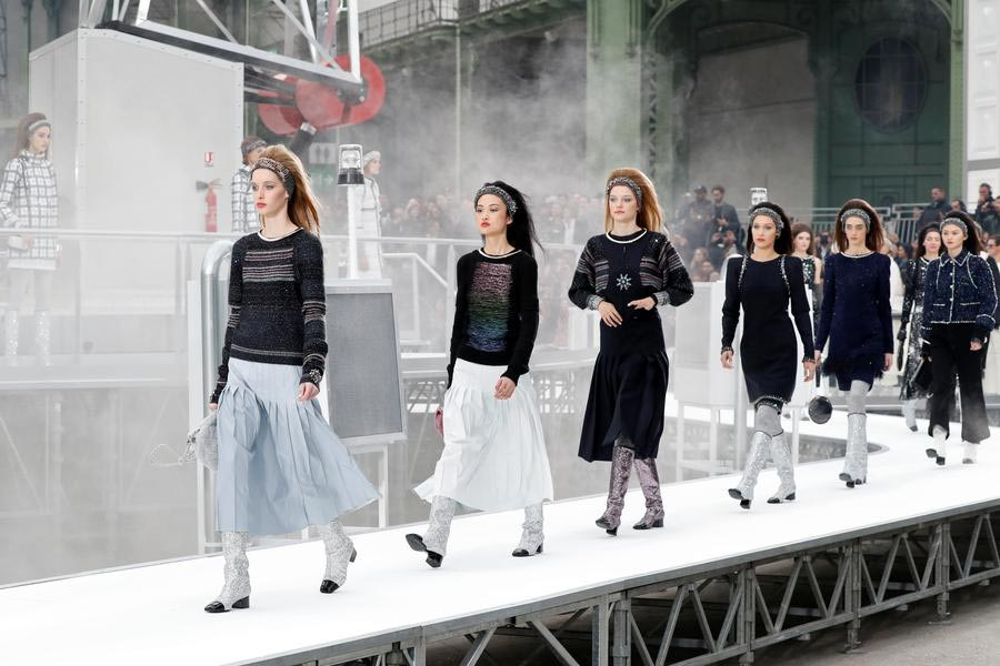 Paris Fashion Week Chanel Fall Winter 2017 2018 1