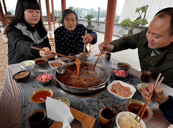 Survey affirms locals' love of hotpot, with ox stomach voted most popular[1]