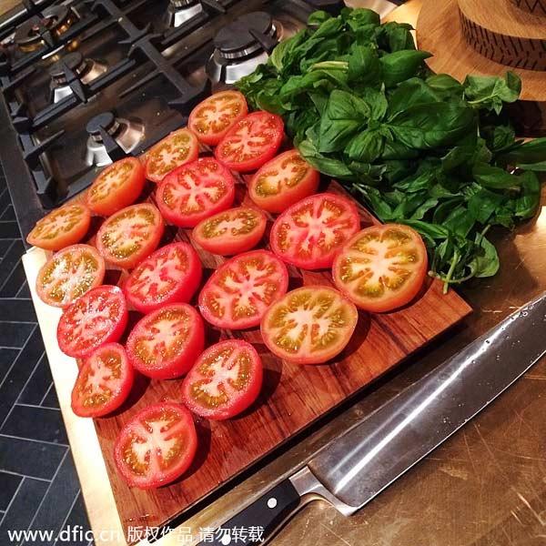 Celebrities share meatless recipes on instagram3 chinadaily celebrities share meatless recipes on instagram forumfinder Gallery