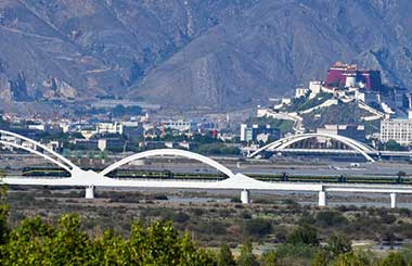 history of qinghai tibet railway The qinghai-tibet railway was inaugurated in july 2006 all of the trains to lhasa pass through xining, making the city the gateway to lhasa.