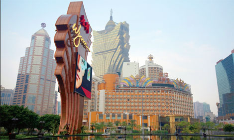 Macao gaming stocks a sure winner as holidays approach