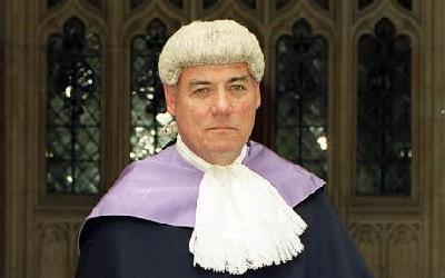 英法官与男妓有染被迫辞职 仍可享受高额退休金